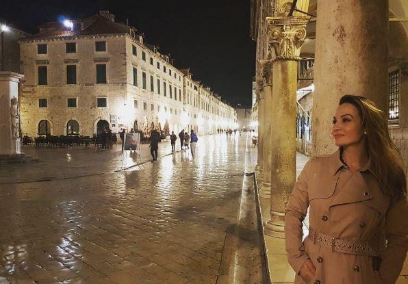 (ФОТО) Што и текна: Јелена Томашевиќ објави романтични фотографии со сопругот!